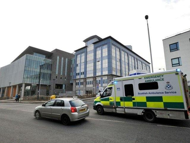 The Scottish Public Services Ombudsman (SPSO) has ordered the health board to apologise to the patient, after they presented at Western General Hospital's medical assessment unit in pain.