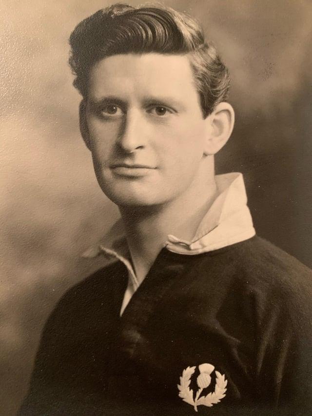 Brian Henderson in his Scotland kit