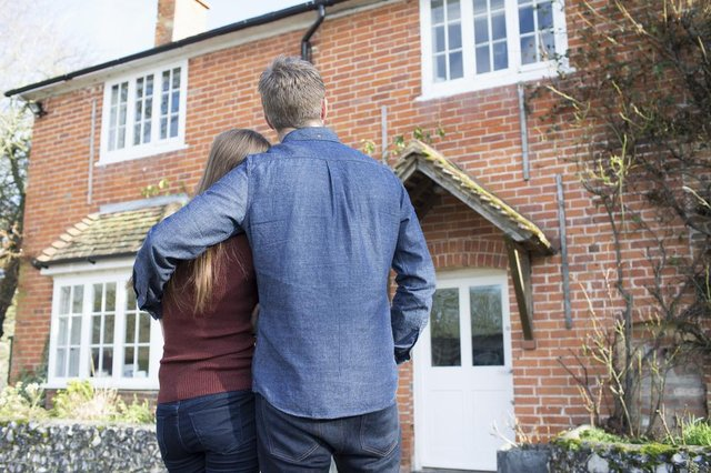 Online mortgage application enquiries to Bank of Scotland have jumped 75% in the past week, ahead of the Scottish property market emerging from lockdown.