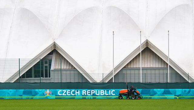 Česká republika už z Edinburghu neurobí cvičiště pro eura.  Obrázek: SNS