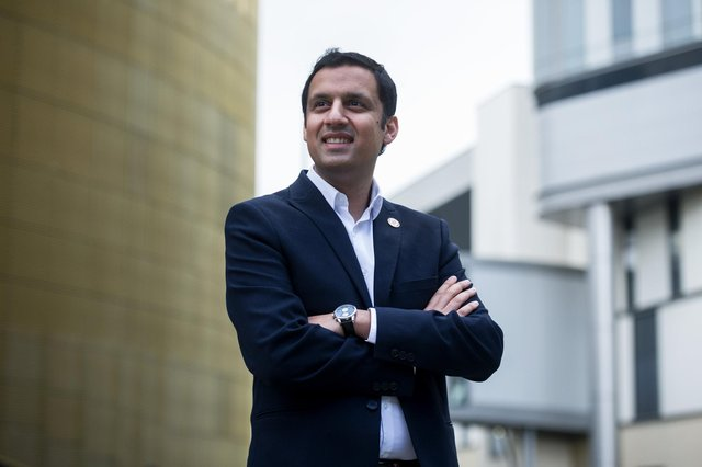 Anas Sarwar has heavily criticised the SNP's election promise on cancer centres.