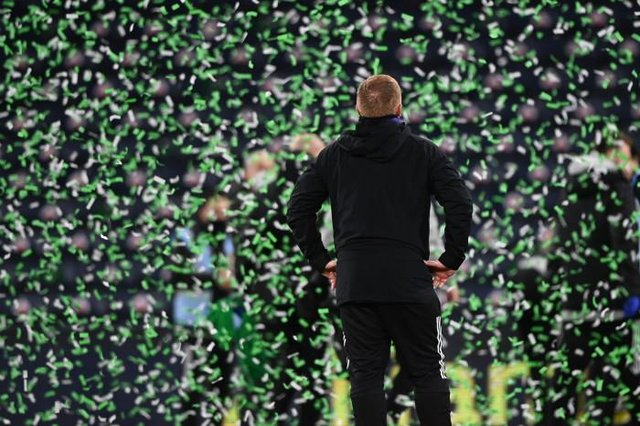 Celtic manager Neil Lennon celebrates his side winning during the William Hill Scottish Cup Final between Celtic and Hearts at Hampden Park, on December 20, 2020, in Glasgow, Scotland. (Photo by Bill Murray / SNS Group)