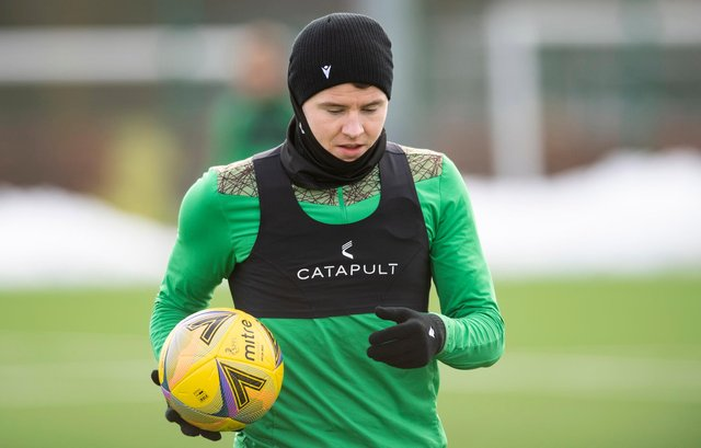 Kevin Nisbet trained with Hibs this morning despite submitting a transfer request. Photo by Mark Scates / SNS Group
