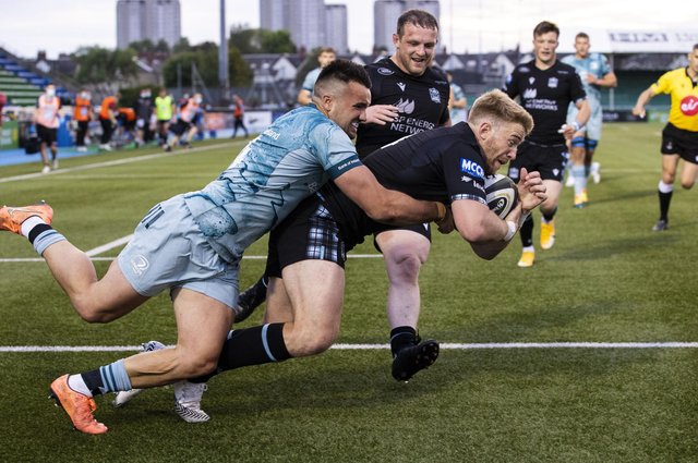 Glasgow Warriors' Kyle Steyn scores his side's second try during the Rainbow Cup match against Leinster at Scotstoun. Picture: Alan Harvey/SNS