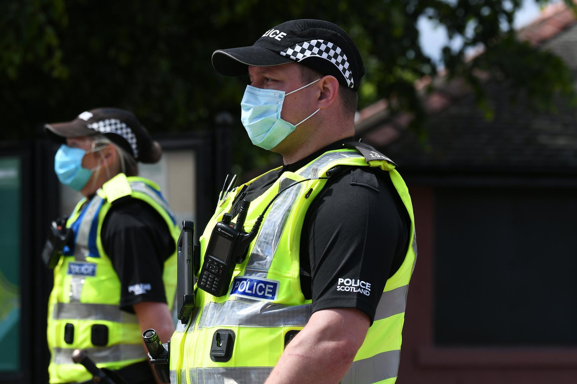 Single fraud investigation service scotland