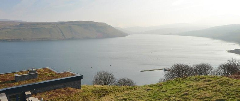 Just half a mile from Carbost on the scenic Isle of Skye, the Hillside Hideaway sits on its own in a hillside looking out over stunning Loch Harport
