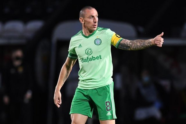 Celtic Captain Scott Brown  during the Scottish Premiership match between St Mirren and Celtic at St Mirren Park (Photo by Craig Foy / SNS Group)