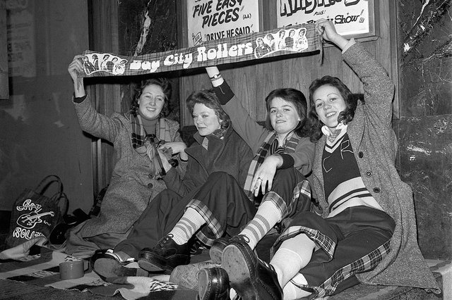 Fans Queue at Odeon for The Bay City Rollers. Susan Fraser is second from the left. Date take: 27/3/75.