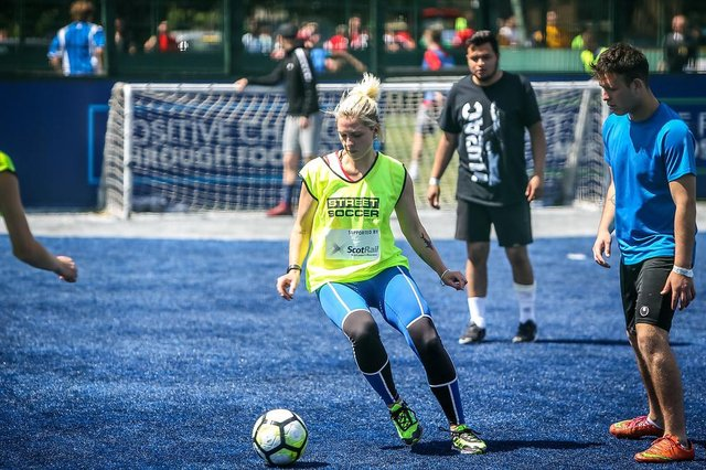 Street Soccer Scotland is a social enterprise and charity which uses the power of football to create positive change, by providing purpose, opportunity and connection for adults and young people experiencing social exclusion.