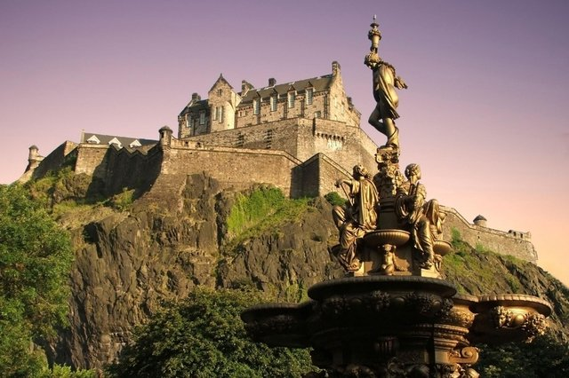 Edinburgh Castle is one of Scotland's most famous landmarks. Take a selfie in front of your favourite and you could win a prize.