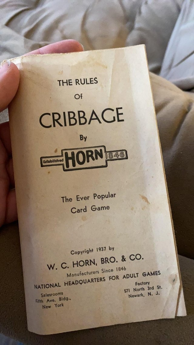 Kristen Hunter found the cribbage board in a charity shop.