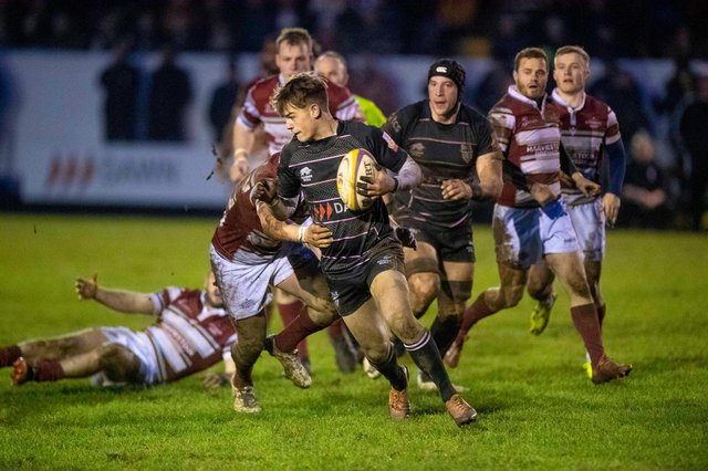 Ross Thompson playing in the Super6 for Ayrshire Bulls against Watsonians at Millbrae. Picture: Paul Devlin/SNS