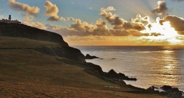Fair Isle is between Shetland and Orkney islands.