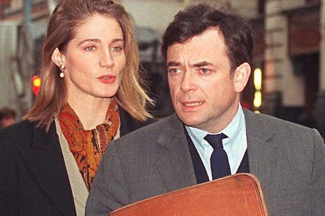 Ian Maxwell with then-wife Laura in 1995 (Photo: GERRY PENNY/AFP via Getty Images)