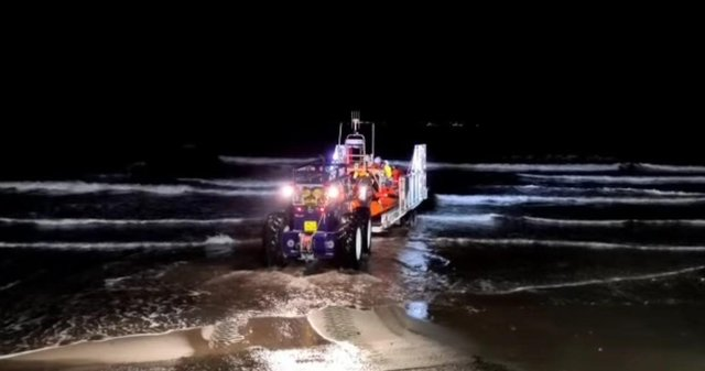 A lifeboat was tasked with aiding the evacuation, however, the waves were too big for the lifeboat to safely get close inshore (Photo: RNLI).