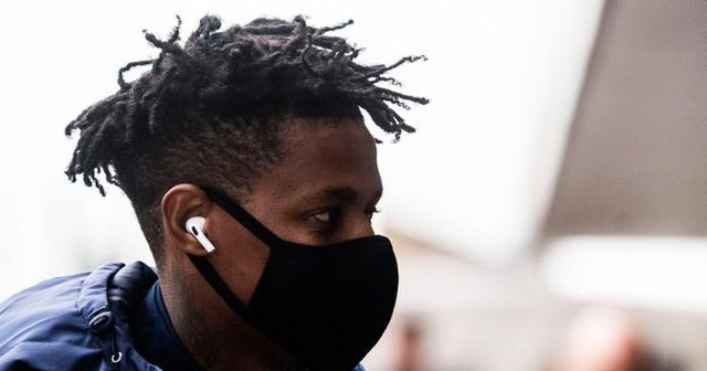 Bongani Zungu is pictured as Rangers depart for Poznan ahead of a Europa League tie, at Glasgow airport on December 09, 2020, in Glasgow, Scotland (Photo by Craig Foy / SNS Group)