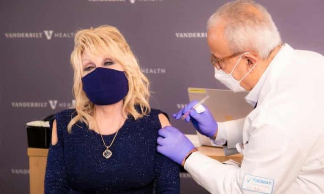 Dolly Parton was credited with helping to fund the Moderna vaccine (Vanderbilt Health)