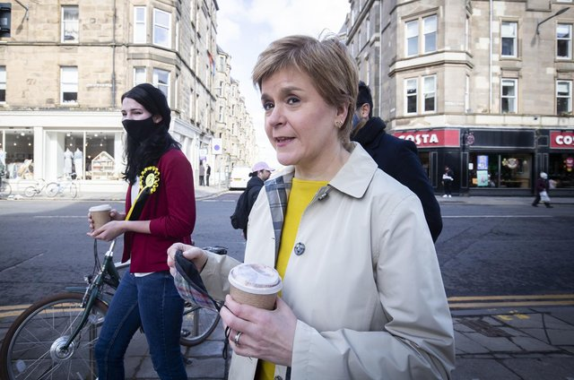 Nicola Sturgeon spoke about the latest poll while campaigning in Bruntsfield.    Photo: Jane Barlow/PA Wire