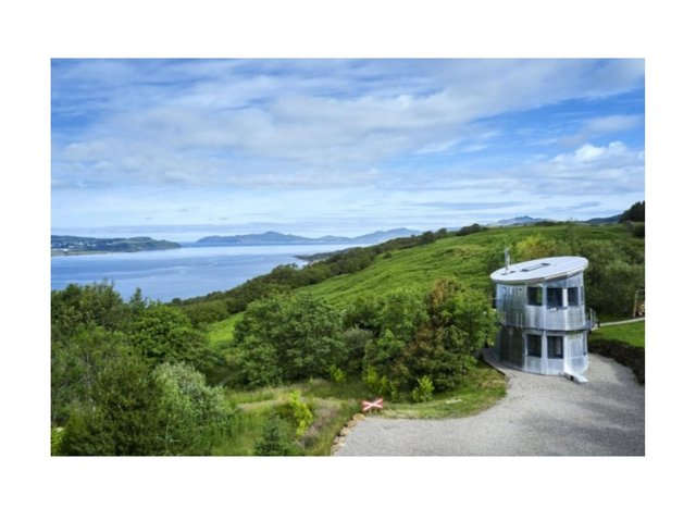 The Pilot House enjoys views over the stunning Sound of Mull.