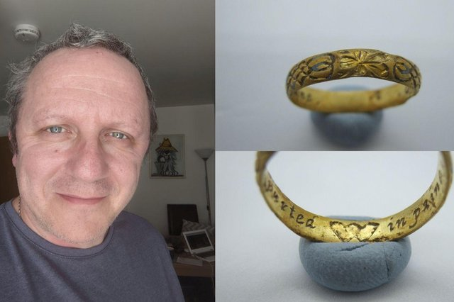 Metal detectorist Robin Potter from Argyll and Butefound the 400-year-old ring in a farmer's field in Helensburgh.