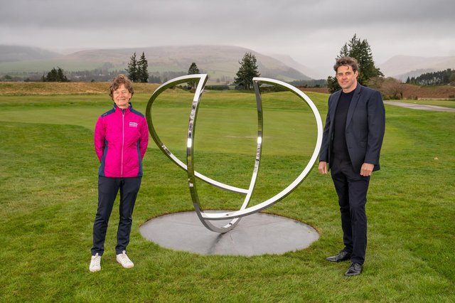 Catriona Matthew at Gleneagles to unveil a sculpture called 'Match' which commemorates Europe's 2019 victory over the United States at the venue. Pictured on the right is the Scottish artist Jephson Robb who created it. Picture: Kenny Smith Photography