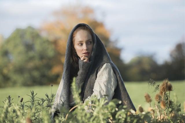 Lotte Verbeek as Geillis Duncan in Outlander - 2014