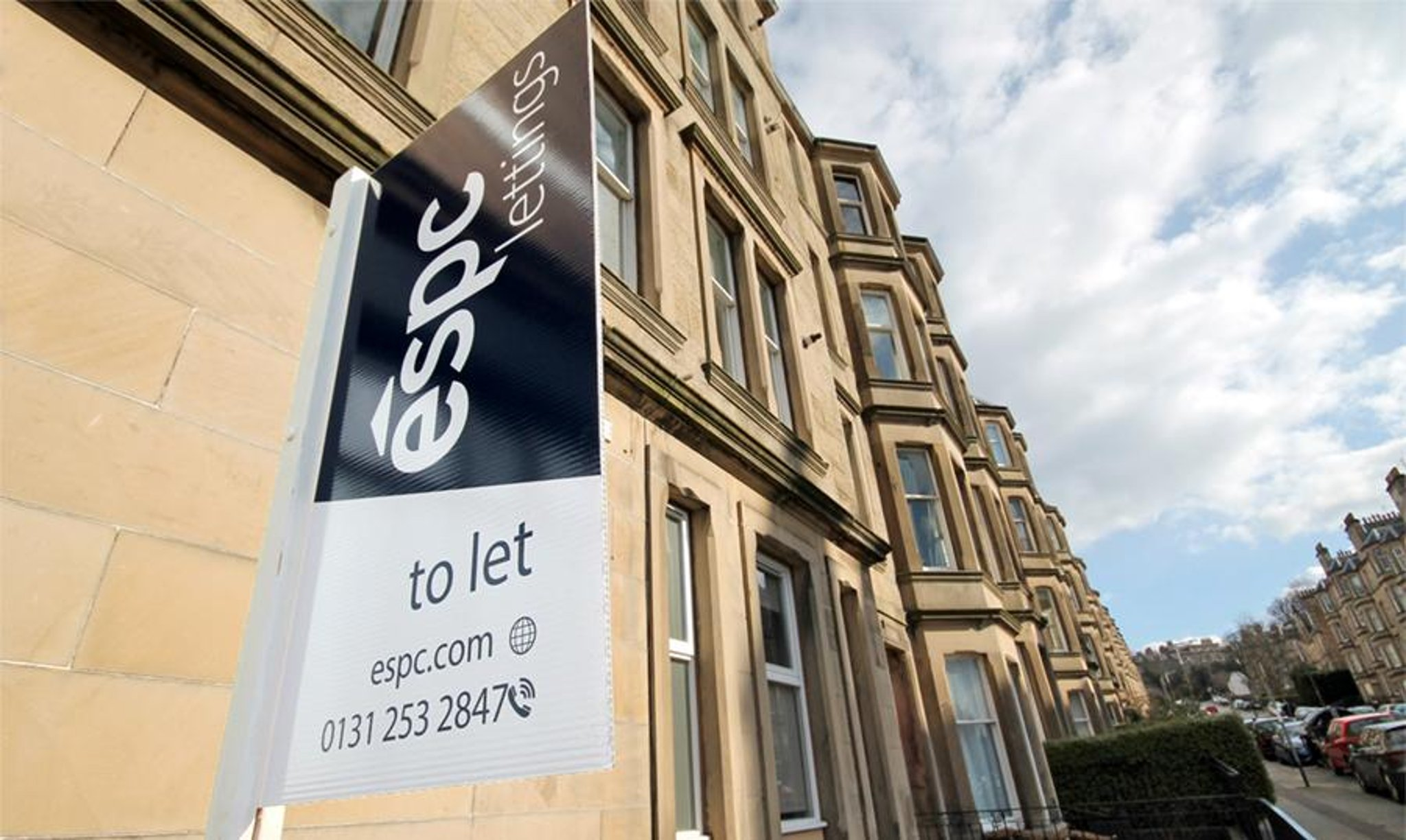 Lonjakan jumlah properti Edinburgh yang disewa pada hari yang sama saat mereka terdaftar