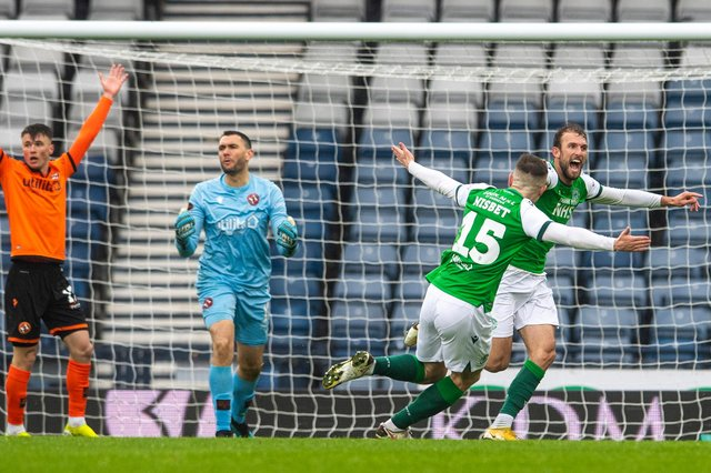 Christian Doidge celebrates his controversial goal as Hibs defeated Dundee United and secured a place in the Scottish Cup final. Photo by Ross Parker / SNS Group