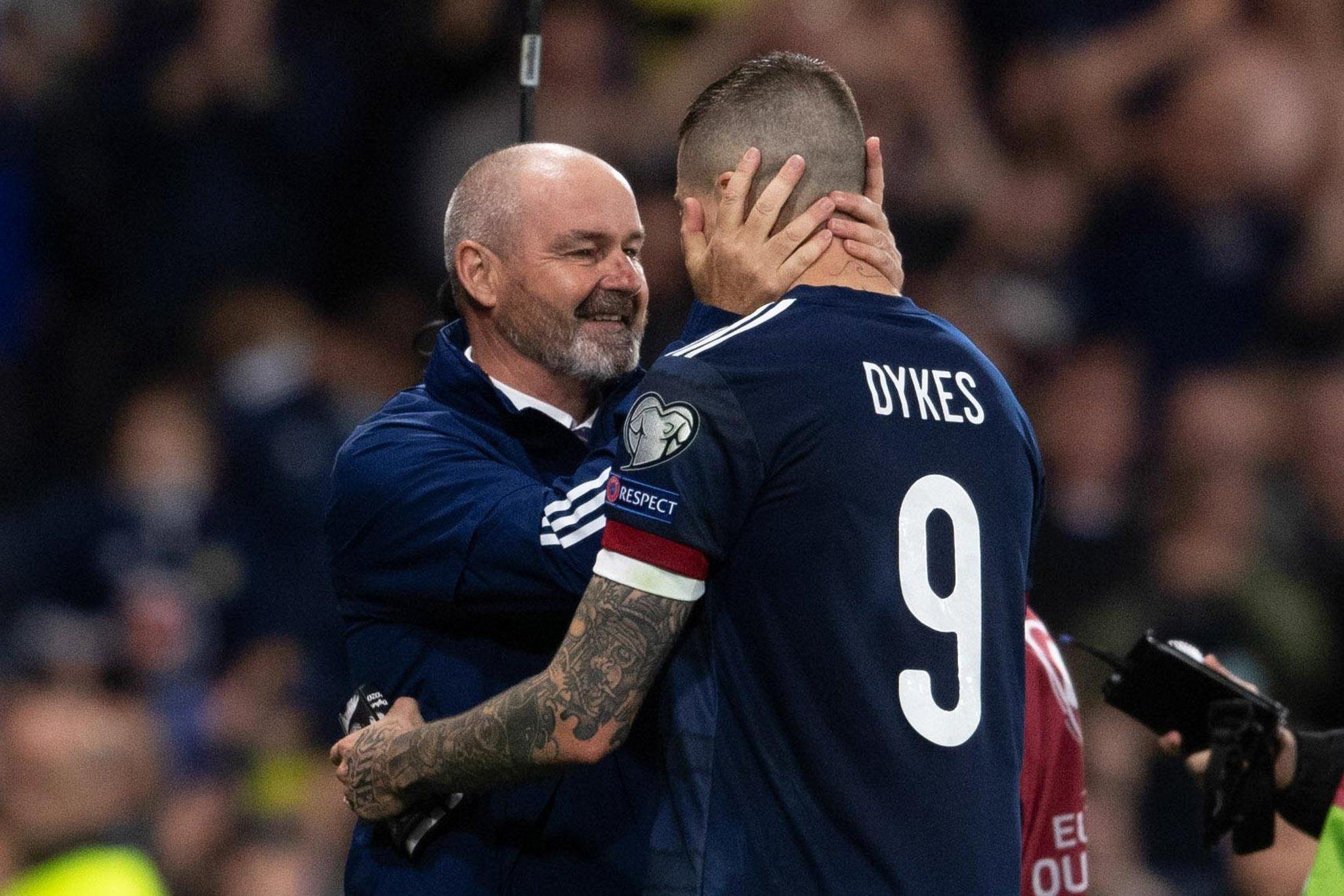 Steve Clarke mengungkapkan apakah Lyndon Dykes akan mengambil penalti Skotlandia berikutnya setelah Israel gagal