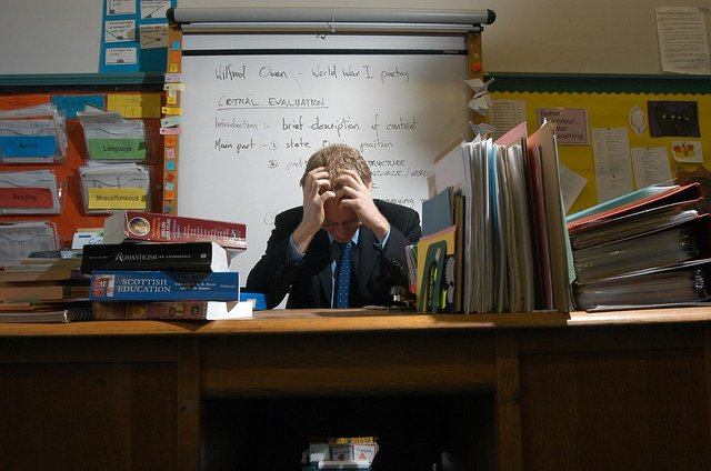Teachers are complaining about a lack of permanent jobs.