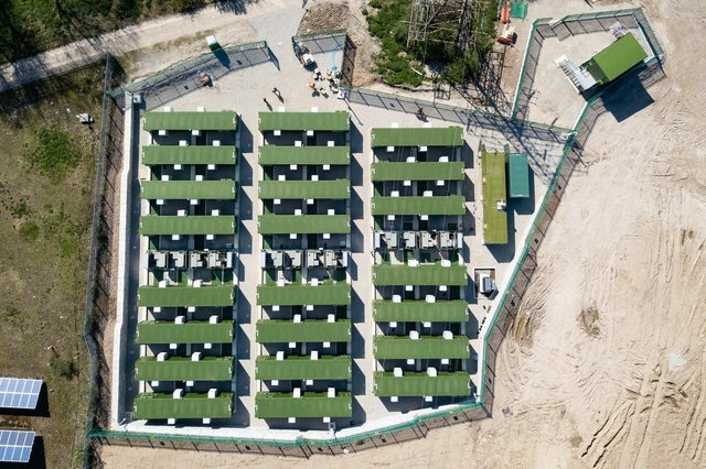 A picture of an existing battery storage facility. Zenobe Energy is one of the sector's key players.